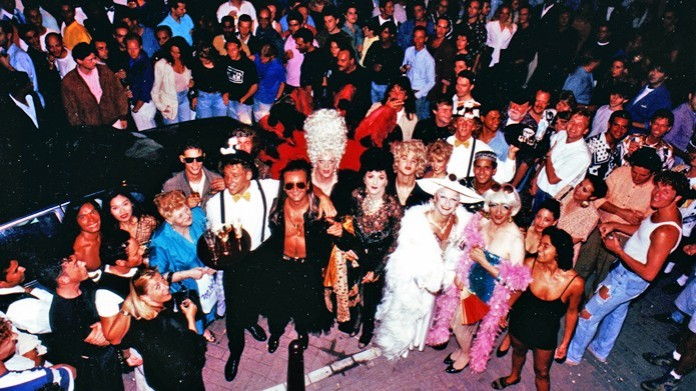 it-hollywood-party-early-90s